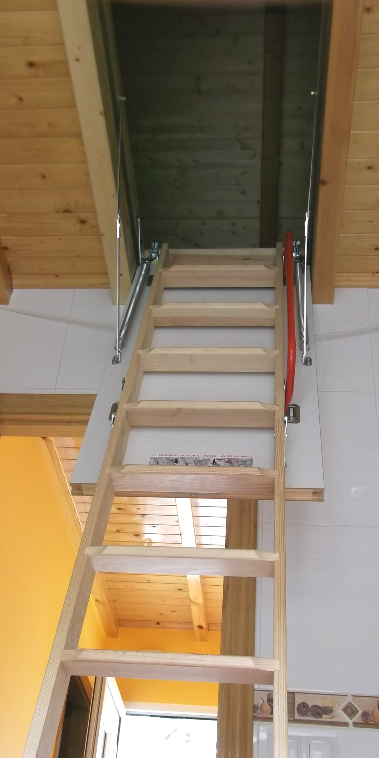 Escaleras para buhardillas plegables awesome escalera plegable y corrediza youtube escaleras - Escaleras para buhardillas plegables ...