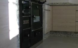 C5-La nueva cocina de leña, ya instalada.