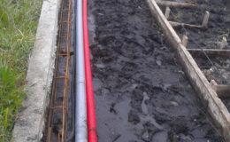 4 Canalizaciones, encofrados e inicio de cimentación para muro.