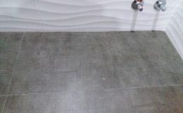 4 Detalle de remates en esquina y llaves de paso semi-camufladas.