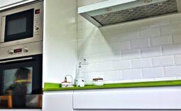 8 Mobiliario, electrodomésticos y alicatado