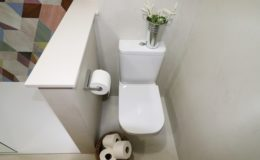 18 ZONA DE WC